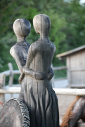 Holzfiguren